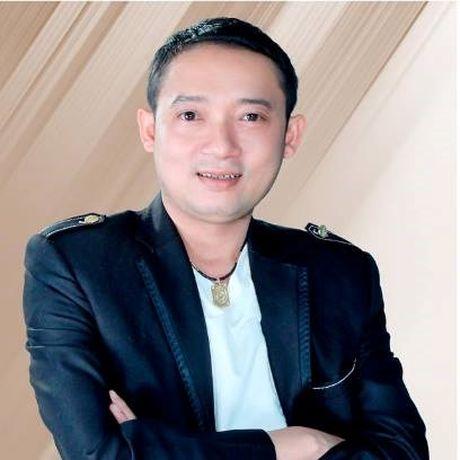 Danh hai Chien Thang da chia tay ban gai kem 18 tuoi - Anh 2