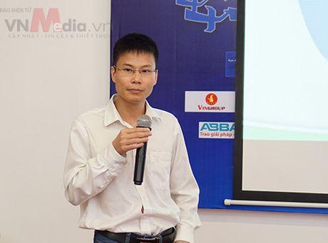 Nhom tac gia san pham di dong 'toat mo hoi' bao ve Chung khao Nhan tai Dat Viet 2016 - Anh 3