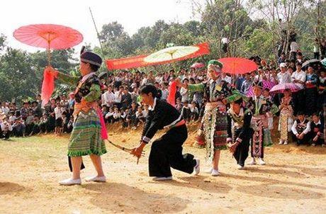 Ngay hoi Huong sac vung cao tai Ha Noi - Anh 1