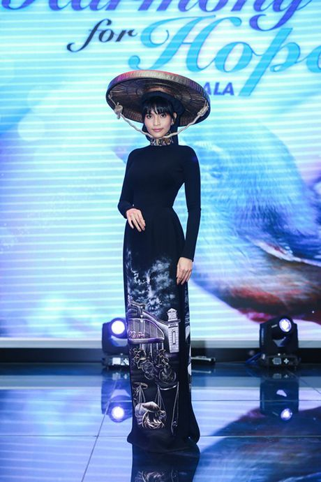 Truong Thi May tai hien phong cach nguoi Ha Noi xua - Anh 2