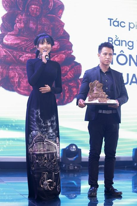 Truong Thi May tai hien phong cach nguoi Ha Noi xua - Anh 4