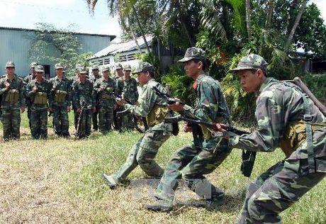 Boi duong kien thuc quoc phong, an ninh cho doi tuong 1 - Anh 1