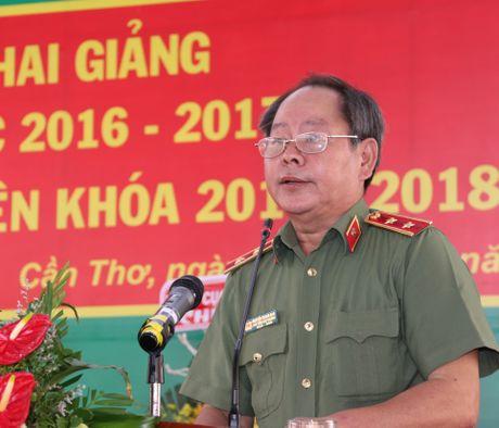 Truong Trung cap CSND III khai giang nam hoc moi - Anh 1