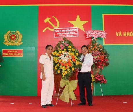 Truong Trung cap CSND III khai giang nam hoc moi - Anh 4