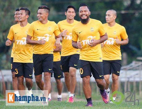 Tin nhanh AFF Cup: Vo dich, tuyen Thai Lan nhan 7 ty dong - Anh 4