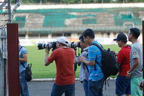 "DT Viet Nam: Bi Malaysia do tham, Cong Phuong ""ban chim"" - Anh 11"