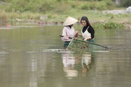 'Chi Ong Vang' Thuy Quynh dep nen na trong du an S-Viet Nam- Huong vi cuoc song - Anh 7