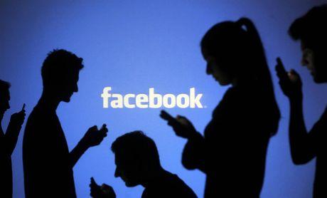 Dieu dang so nhat tren Facebook: Tin that thiet lan toa manh hon tin chinh thong - Anh 1