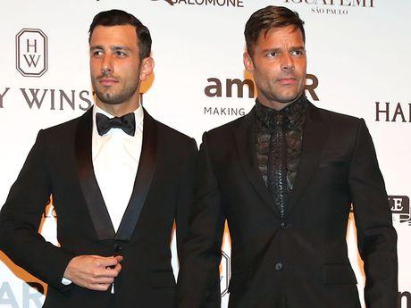Khoanh khac cau hon ban trai cuc lang man cua Ricky Martin - Anh 4