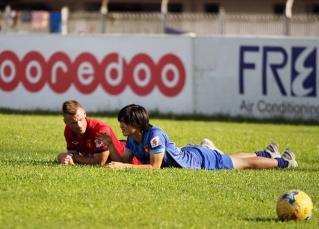Tuyen Viet Nam va buoi tap ron ra tieng cuoi truoc AFF Cup - Anh 9