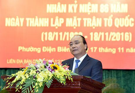 Thu tuong Nguyen Xuan Phuc du ngay hoi dai doan ket toan dan toc tai phuong Dien Bien - Anh 1