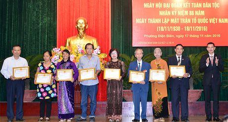 Thu tuong Nguyen Xuan Phuc du ngay hoi dai doan ket toan dan toc tai phuong Dien Bien - Anh 5