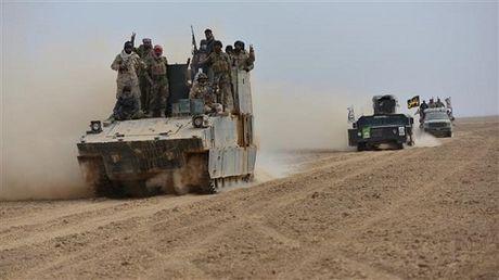 Chien dich giai phong Mosul cua quan doi Iraq gap kho khan - Anh 1