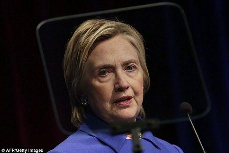 Sau bau cu tong thong My, ba Clinton xuat hien lo ro ve tieu tuy - Anh 1