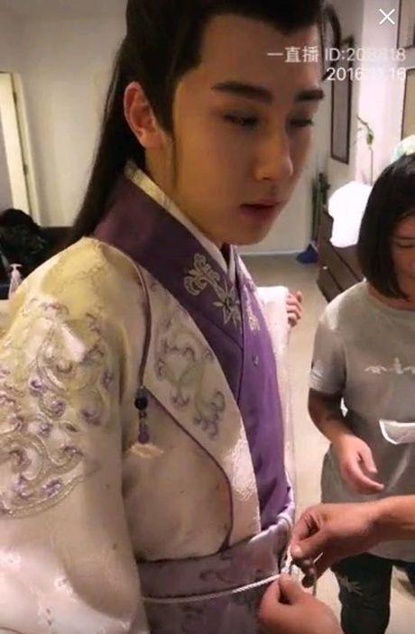 Kho hieu voi tao hinh cua 'Luong Son Ba, Chuc Anh Dai' phien ban dam my - Anh 3