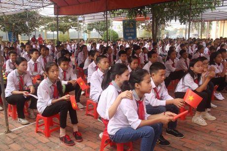 Nghe An: Truong THCS Kim Lien (Nam Dan) don nhan Huan chuong Lao dong hang 3 - Anh 4