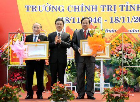 Ky niem 70 nam thanh lap Truong Chinh tri tinh Nghe An - Anh 7