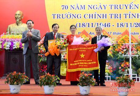Ky niem 70 nam thanh lap Truong Chinh tri tinh Nghe An - Anh 8