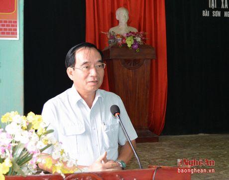 Pho Chu tich HDND tinh Hoang Viet Duong tiep xuc cu tri Do Luong - Anh 2