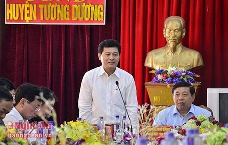 Chu tich UBND tinh chi ro 3 giai phap trong tam de Tuong Duong thoat ngheo - Anh 2