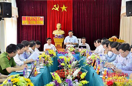 Chu tich UBND tinh chi ro 3 giai phap trong tam de Tuong Duong thoat ngheo - Anh 6