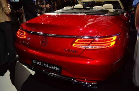 Can canh ve dep me hoac cua Mercedes-Maybach S650 Cabriolet - Anh 3