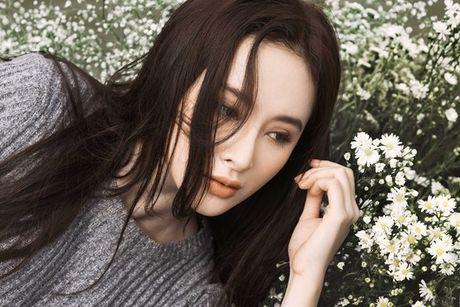 Angela Phuong Trinh e ap, diu dang ben 'soai ca' Vo Canh - Anh 7