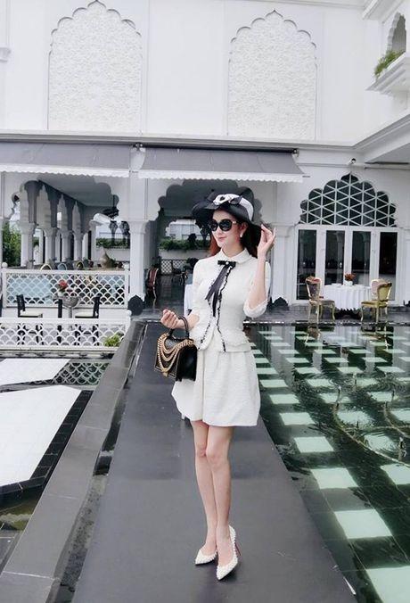 Ro tin Ngoc Loan hen ho voi nguoi yeu cu cua Angela Phuong Trinh - Anh 3