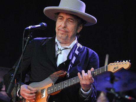 Bob Dylan xac nhan khong du le trao giai Nobel van chuong - Anh 1