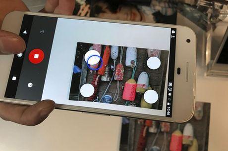 Google ra ung dung PhotoScan giup luu giu anh phim de hon - Anh 1