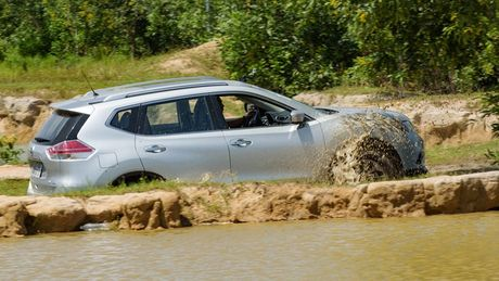 Mot ngay 'hanh xac' thu vi cung Nissan X-Trail - Anh 5