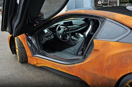 BMW i8 do dan ao ri set cua ca si Austin Mahone - Anh 6