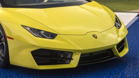 Lamborghini Huracan cau sau mui tran ra mat o My - Anh 3