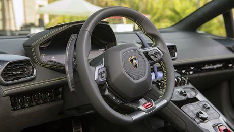 Lamborghini Huracan cau sau mui tran ra mat o My - Anh 6