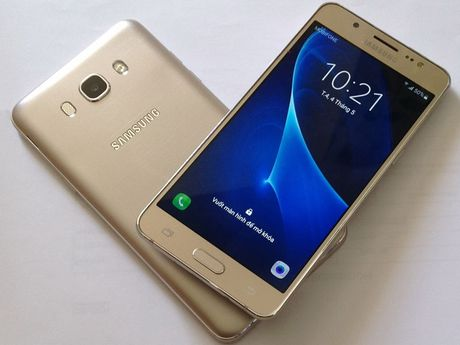 Samsung Galaxy J7 2016 hut khach tai phan khuc 4 trieu dong - Anh 3