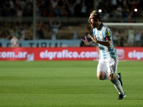 Van phai nho Messi thi Argentina moi mo mat - Anh 1