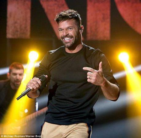 Ricky Martin da dinh hon voi nguoi tinh dong gioi la nghe si A Rap - Anh 6
