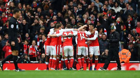Man City gap kho, Man United de tho trong dip Giang sinh - Anh 2
