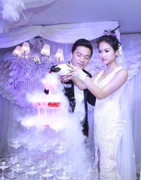 Lam Truong hanh phuc khoe vo moi co bau sau 2 nam ket hon - Anh 3