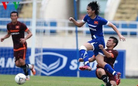 HLV Huu Thang chot 23 cau thu du AFF Cup 2016: Nin tho cho Tuan Anh - Anh 1