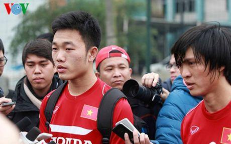 HLV Huu Thang chot 23 cau thu du AFF Cup 2016: Nin tho cho Tuan Anh - Anh 2