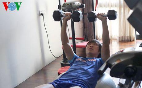 HLV Huu Thang chot 23 cau thu du AFF Cup 2016: Nin tho cho Tuan Anh - Anh 3