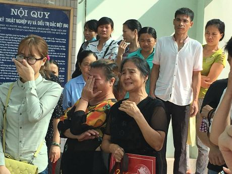 Vu no bot dien: Nguoi dan ong ngoi xe lan da tu vong - Anh 2