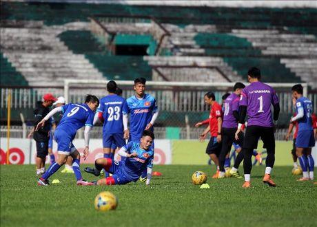 DT Viet Nam don suc cho tran khai man AFF Cup 2016 voi Myanmar - Anh 1