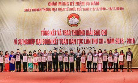 Trao giai Bao chi 'Vi su nghiep Dai doan ket toan dan toc' lan thu XII - Anh 2