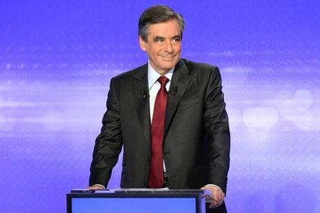Bau cu Tong thong Phap: Fillon duoc cho la vuot troi hon Sarkozy va Juppe trong cuoc tranh luan - Anh 1