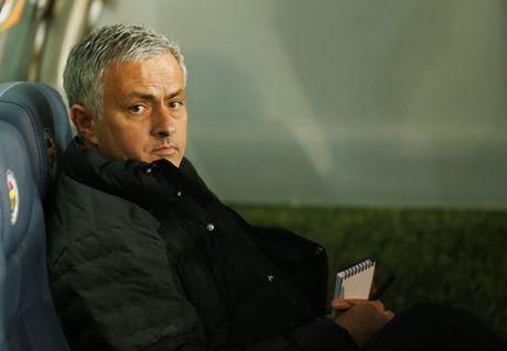 Wenger khong them dau da voi Mourinho - Anh 2