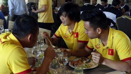 AFF Cup 2016: Bua trua vui ve cua tuyen Viet Nam - Anh 1