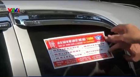 Ha Noi dan de can cho gan 20.000 taxi de tuyen truyen luat - Anh 1