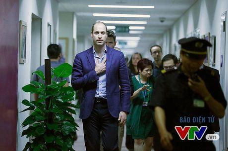 Hoang tu William va nhung hinh anh tai truong quay Talk Vietnam - Anh 1